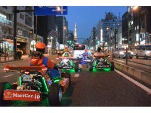 開著卡丁車很吸引眼球,开着卡丁车很吸引眼球,it is eye-catching driving a maricar in Tokyo