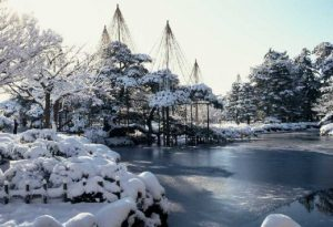2 days travel in the World Heritage - Shirakawako世界遺産之白川鄉-2日遊 世界遗产之白川乡-2日游 세계문화유산 시라카와고-1박2일 여행